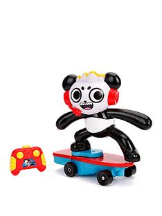ryans-world-ryans-world-skateboard-stunt-panda