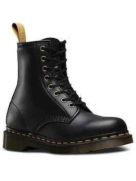 Dr Martens Dr Martens 1460 Vegan Ankle Boot Picture
