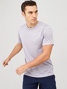nike-dri-fit-breathe-running-t-shirt-grey