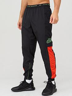 nike-flex-training-joggers-blackred