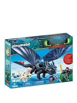 playmobil-dreamworks-dragons-hiccup-toothless-with-baby-dragon