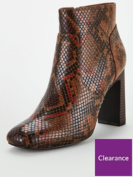 v-by-very-dacia-square-toe-heeled-ankle-boot
