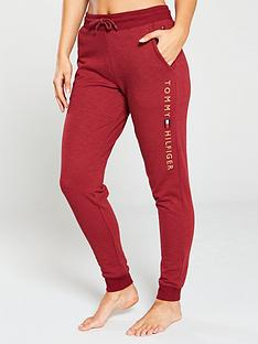 tommy-hilfiger-cuffed-lounge-pant-maroon