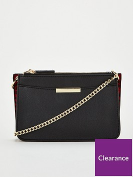 michelle-keegan-pebble-triple-compartment-cross-body-with-chain-strap