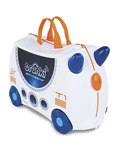trunki-skye-the-spaceship