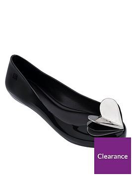 zaxy-pop-heart-flutter-ballerina-pumps-black