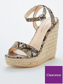 public-desire-sydney-wedge-snake-print-sandals-animal-print