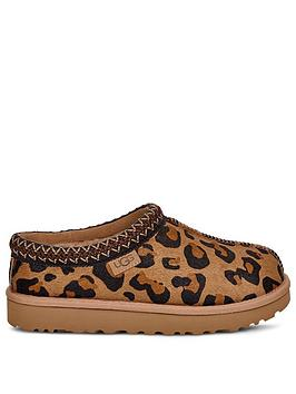 ugg-tasman-leopard-slippers-animal-print