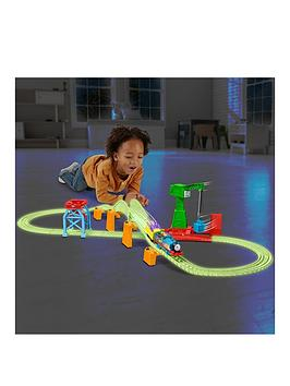 thomas-friends-hyper-glow-night-delivery-playset