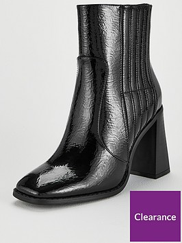 v-by-very-donna-wide-fit-flare-block-heel-ankle-boots-black