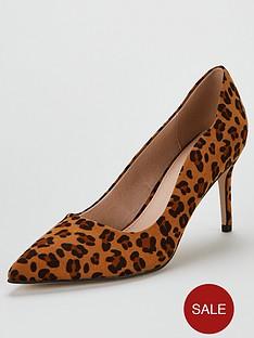 miss-kg-corinthia-scalloped-court-shoes-tan