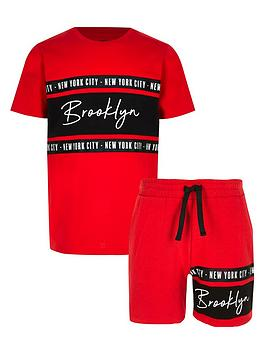 river-island-boys-brookyln-t-shirt-outfit-red