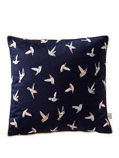 oasis-home-hummingbird-velvet-cushion