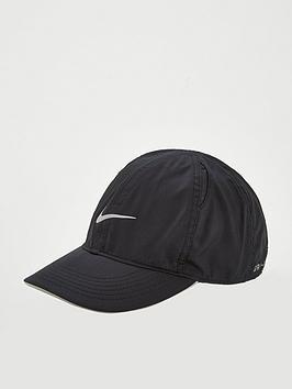 nike-running-cap-black