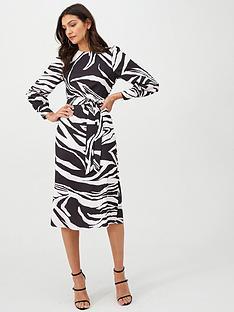 v-by-very-zebra-pattern-shift-dress-monoprint