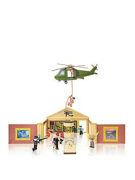Roblox Roblox Deluxe Playset Museum Heist Picture