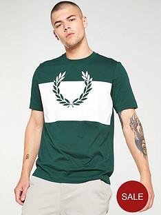 fred-perry-split-laurel-wreath-t-shirt-ivy-green