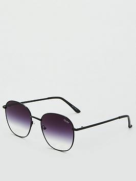 quay-australia-x-chrissy-jezabell-round-sunglasses