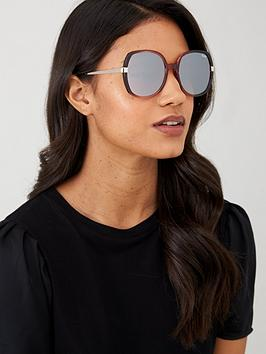 quay-australia-x-chrissy-gold-dust-oversized-sunglasses