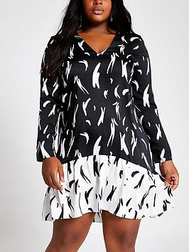 RI Plus Ri Plus Printed Swing Dress - Black Picture