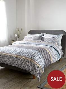 everyday-collection-casablanca-stripe-duvet-cover-set