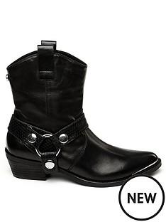 steve-madden-gallow-calf-boots-black