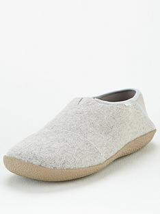 toms-felt-rodeo-slipper
