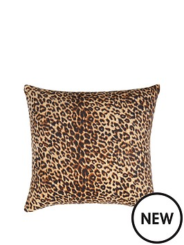 leopard-cushion