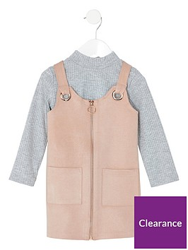 river-island-mini-mini-girls-faux-suede-pinafore-outfit-pink