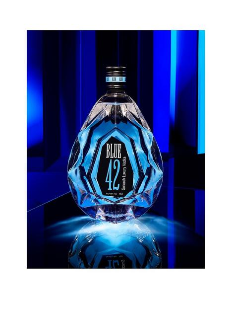 osa-fine-spirits-blue-42-vodka-70cl