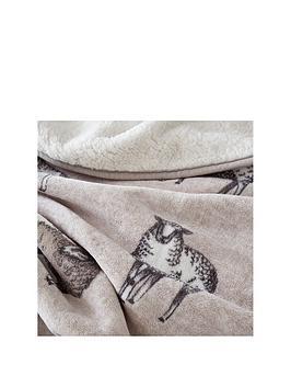 catherine-lansfield-sheep-sherpa-fleece-throw