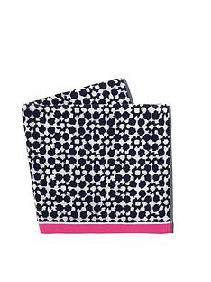 joules-tile-geo-beach-towel-french-navy