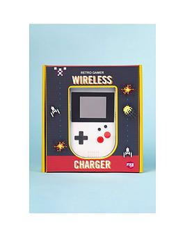 Very Retro Gamer Wireless Charger Picture