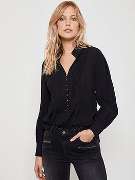 mint-velvet-mint-velvet-high-neck-rouleau-shirt-black