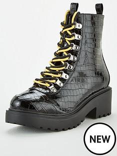 public-desire-nyla-ankle-boot
