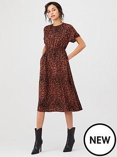 calvin-klein-calvin-klein-leopard-cinched-waist-dress