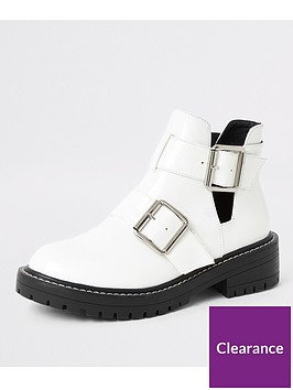 river-island-river-island-cut-out-buckle-chunky-ankle-boots-white