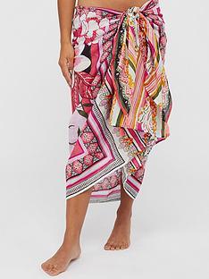 accessorize-paisley-sarong