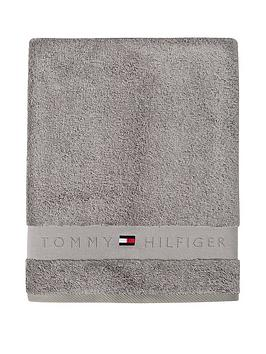 tommy-hilfiger-legend-towel-in-silver