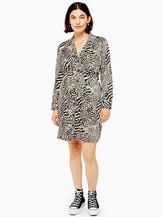 topshop-maternity-animal-shirt-dress-multi