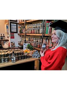 virgin-experience-days-distil-your-own-gin-with-tastings-and-cocktails-for-two-at-hothams-gin-school-and-distillery-in-hull-yorkshire