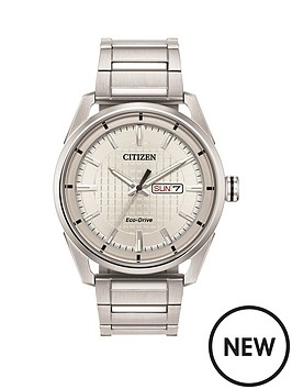 citizen-citizen-eco-drive-wr100-silver-textured-daydate-dial-stainless-steel-bracelet-mens-watch