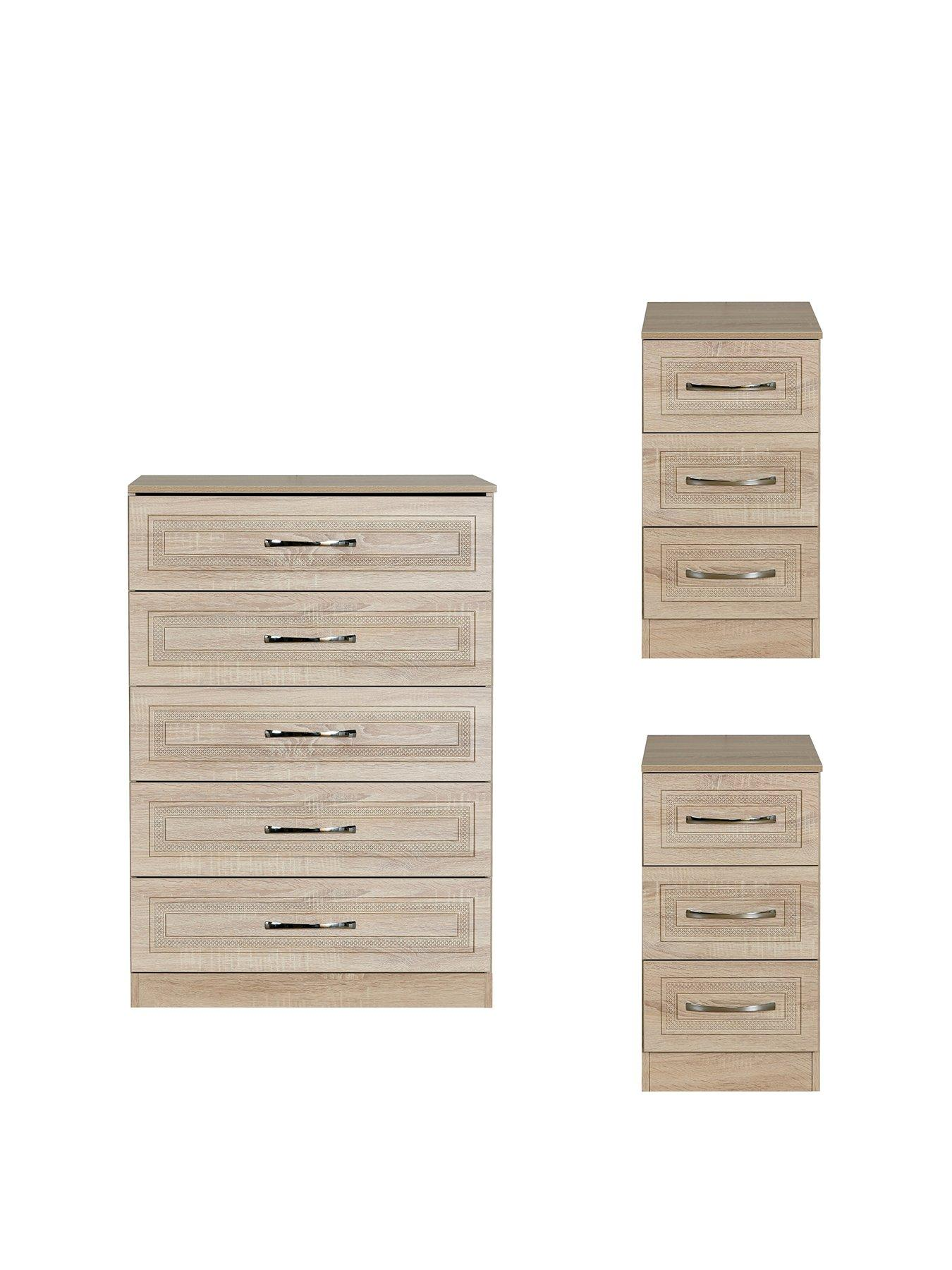 Wido Black 4 Piece Bedroom Furniture Set Includes Wardrobe 5 Drawer Chest Of Drawers Bedside Tables Gloss Matt