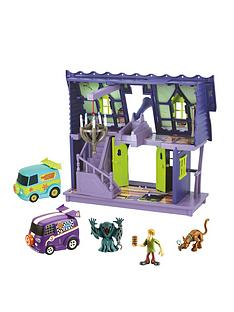 scooby-doo-haunted-mansion-castle