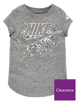 nike-sportswear-younger-girls-futura-waterfall-scoop-t-shirt-grey-heather