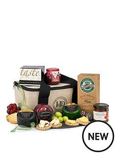 three-cheese-cool-bag-gift-hamper