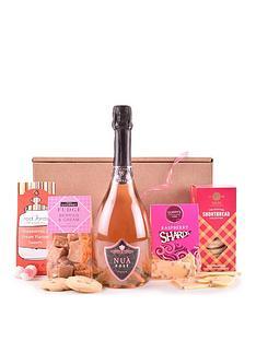 pink-fizz-amp-treats-gift-hamper