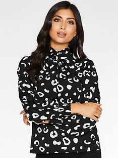 quiz-animal-print-long-sleeve-high-neck-top-with-pleating-black