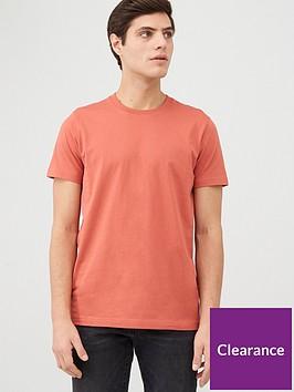 very-man-crew-t-shirt-coral