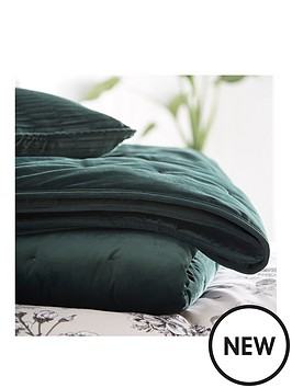 karen-millen-velvet-quilted-throw-emerald